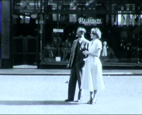 Mansfield Couple in town from cine film clip